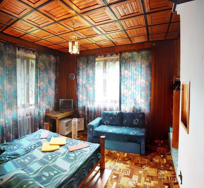 База отдыха «Яр-Селигер» Тверская область Номер 2-комнатный, фото 1