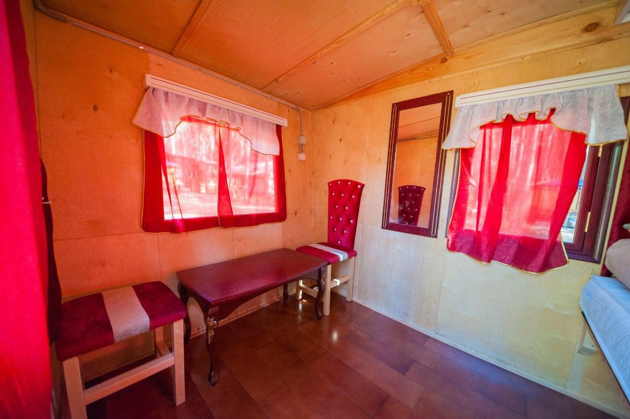 Турбаза «Боярская усадьба» Ульяновская область Летний домик «Карета», фото 3