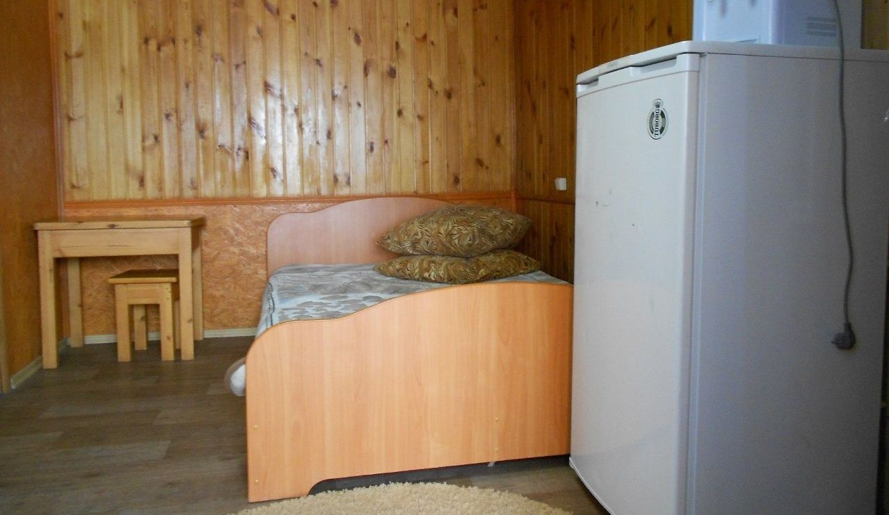 "База отдыха ""Баден-Баден"" Челябинская область Гостиничный номер № 1, фото 1"