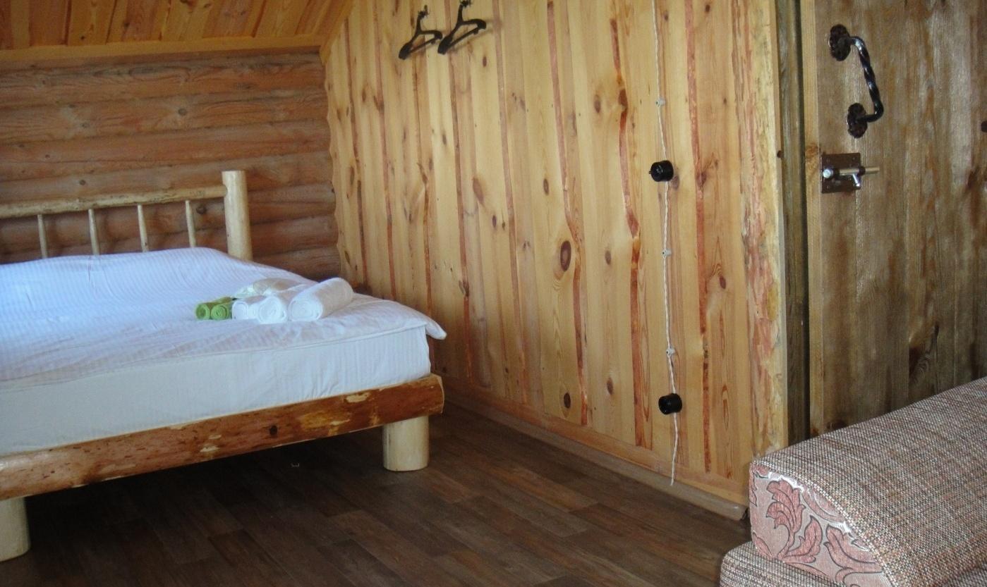 Отель на воде и база активного отдыха «Славянское подворье» Ульяновская область «Рыбацкая изба» 5-комнатный дом, фото 3
