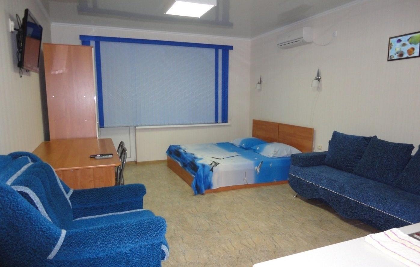 База отдыха «Юный каспиец» Астраханская область 2-местный номер на втором этаже корпуса «Юнга», фото 1