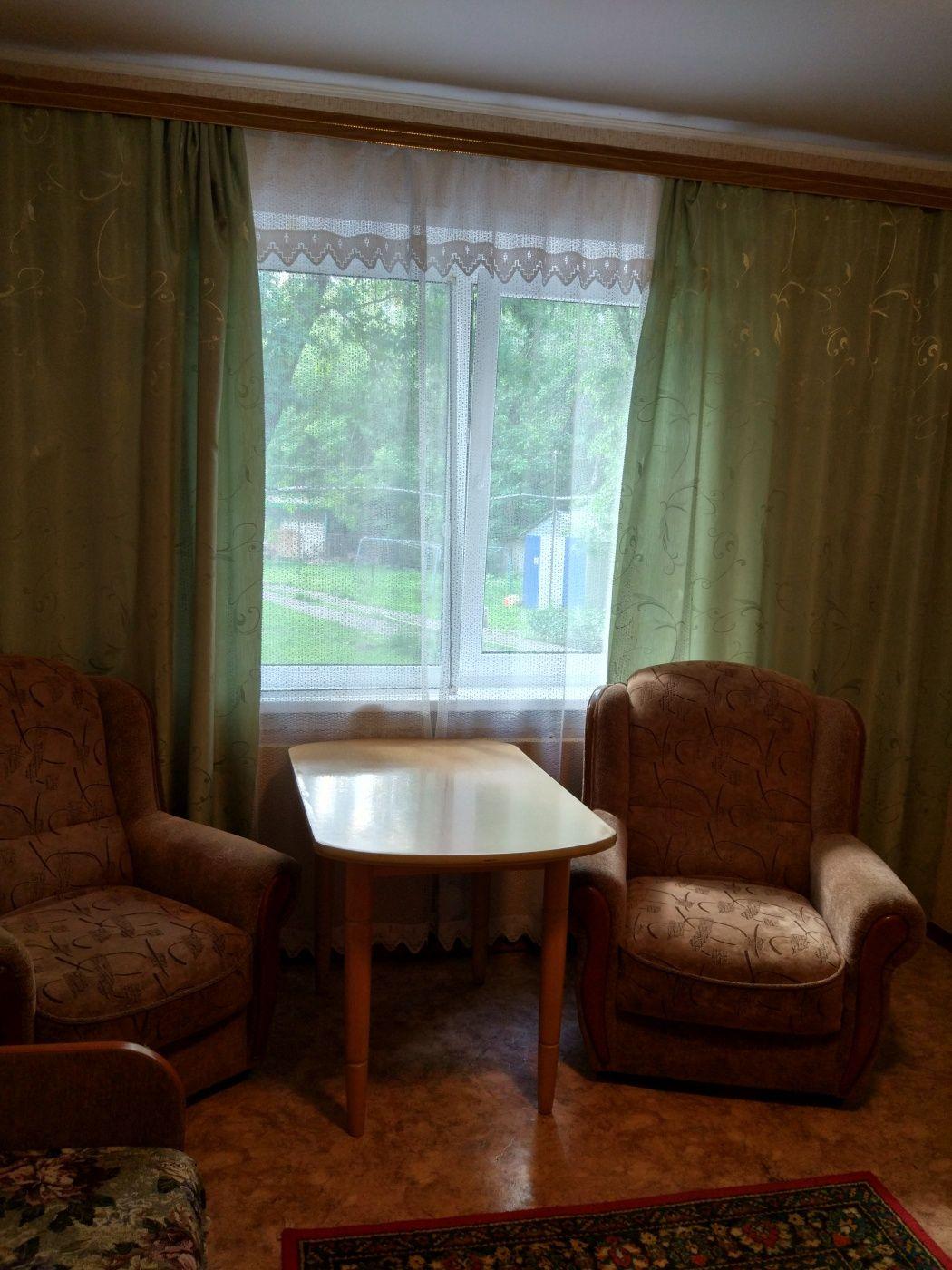 Турбаза «Домостроитель» Саратовская область 2-комнатный номер с удобствами (корпус № 2), фото 2