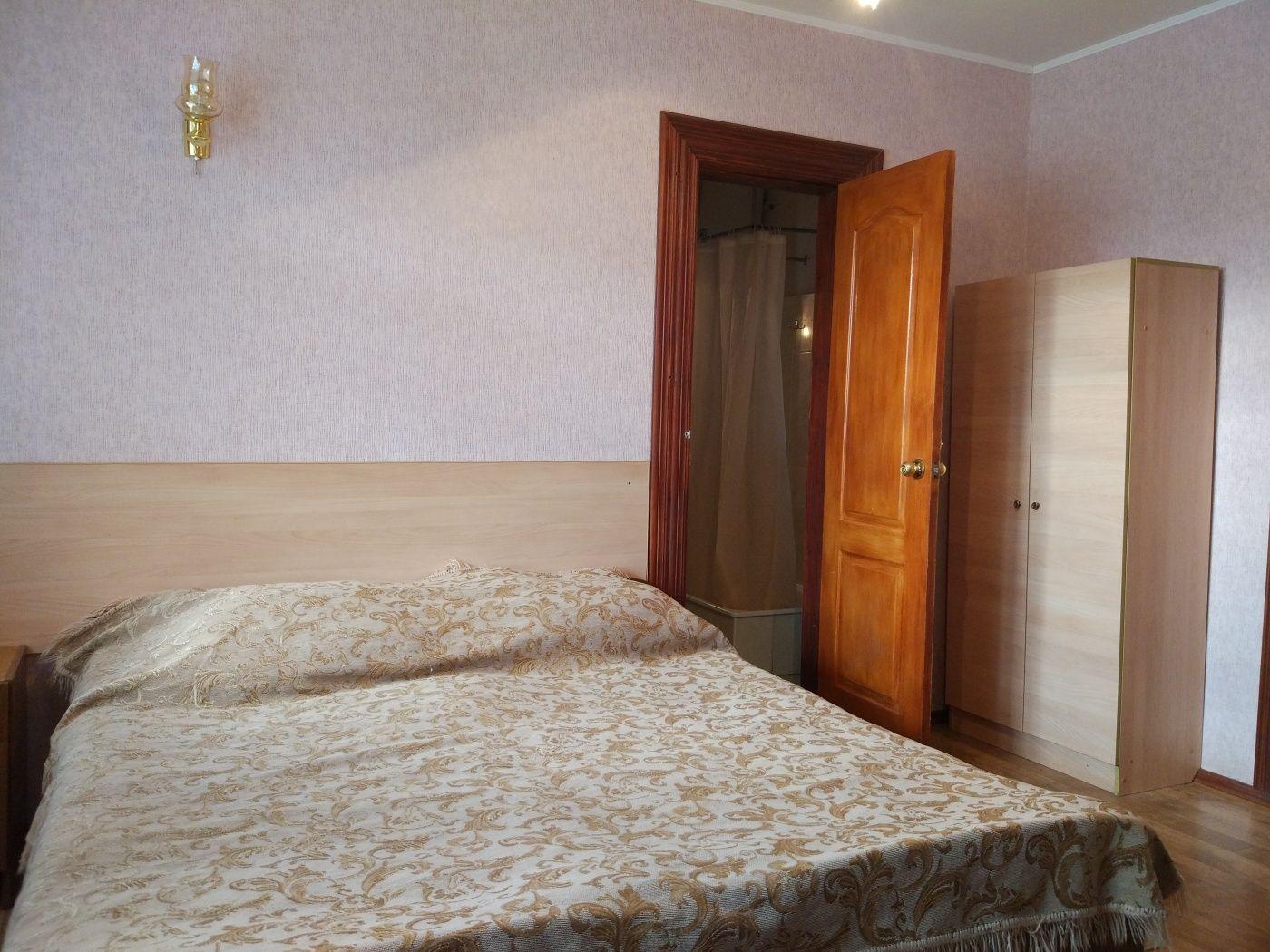 Турбаза «Домостроитель» Саратовская область 2-комнатный номер с удобствами (корпус № 1), фото 2