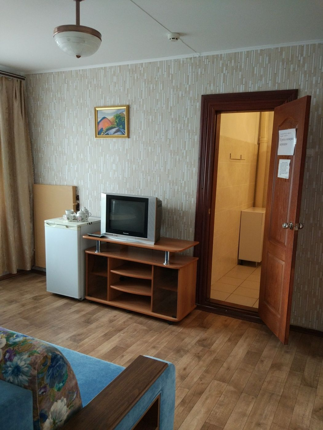 Турбаза «Домостроитель» Саратовская область 2-комнатный номер «люкс» с удобствами (корпус № 1), фото 6