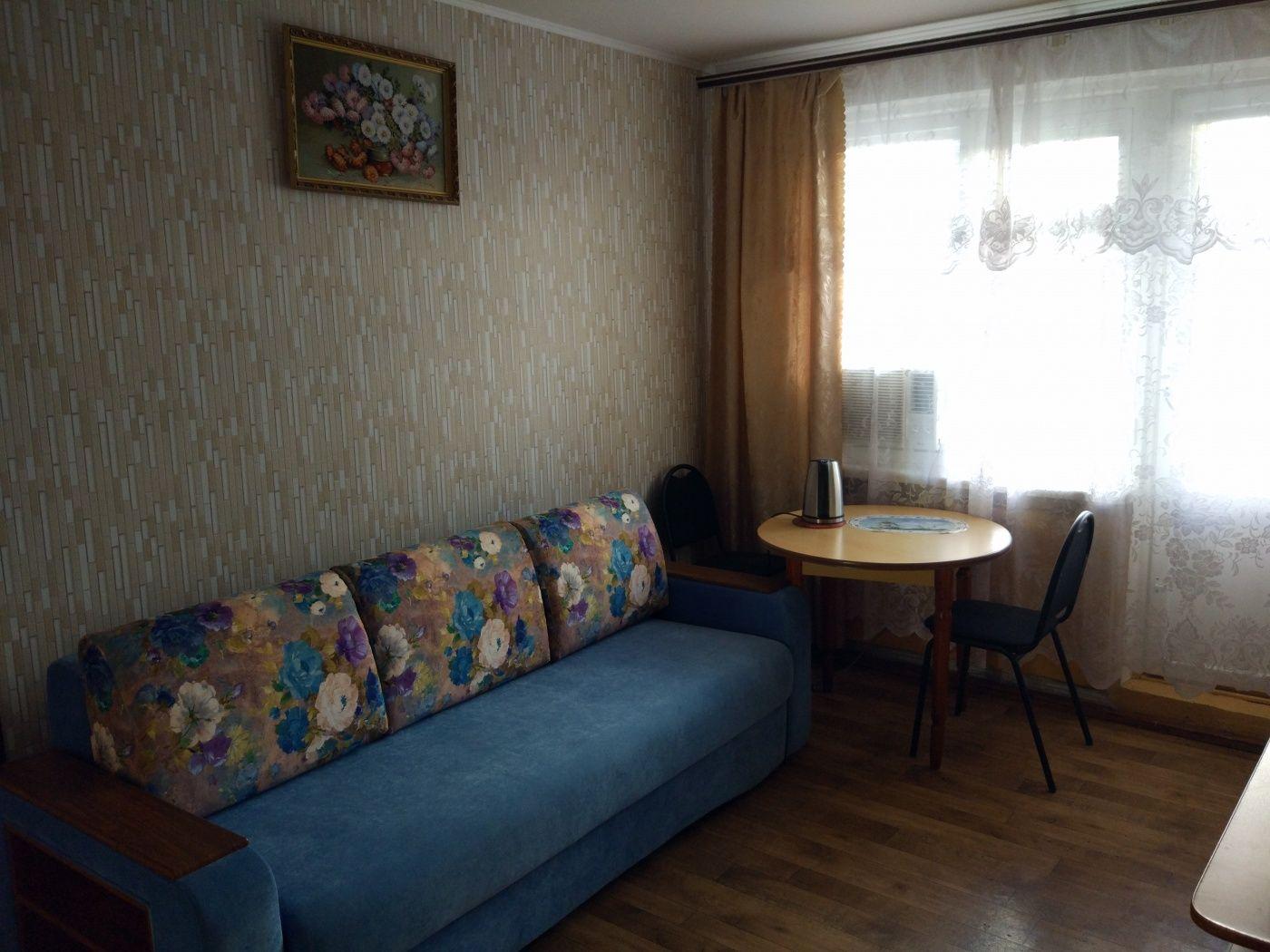 Турбаза «Домостроитель» Саратовская область 2-комнатный номер «люкс» с удобствами (корпус № 1), фото 7