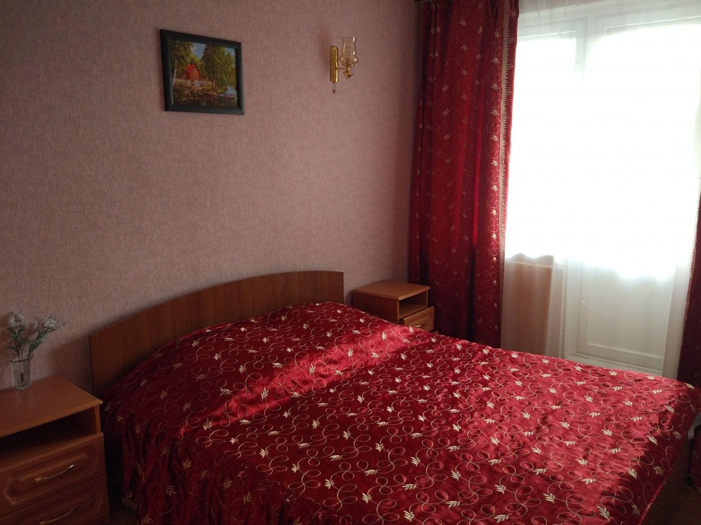 Турбаза «Домостроитель» Саратовская область 2-комнатный номер «люкс» с удобствами (корпус № 1), фото 1