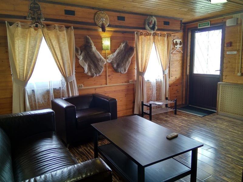 Резиденция Комфорта «Family Fishing» Краснодарский край Номер в охотничьем стиле, фото 3