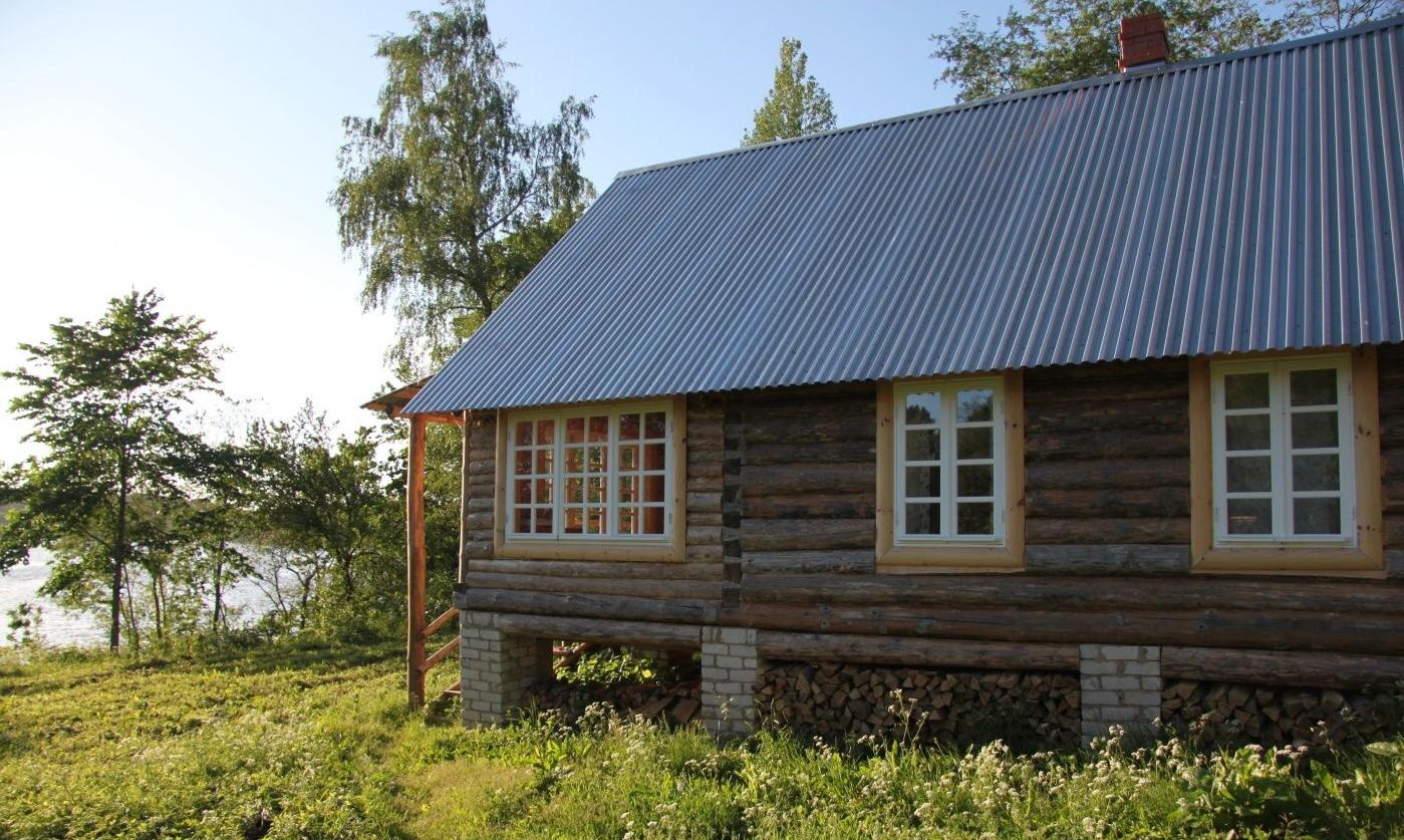 Подворье «Кудеверь» Псковская область Дом у озера (30 м от воды), фото 2