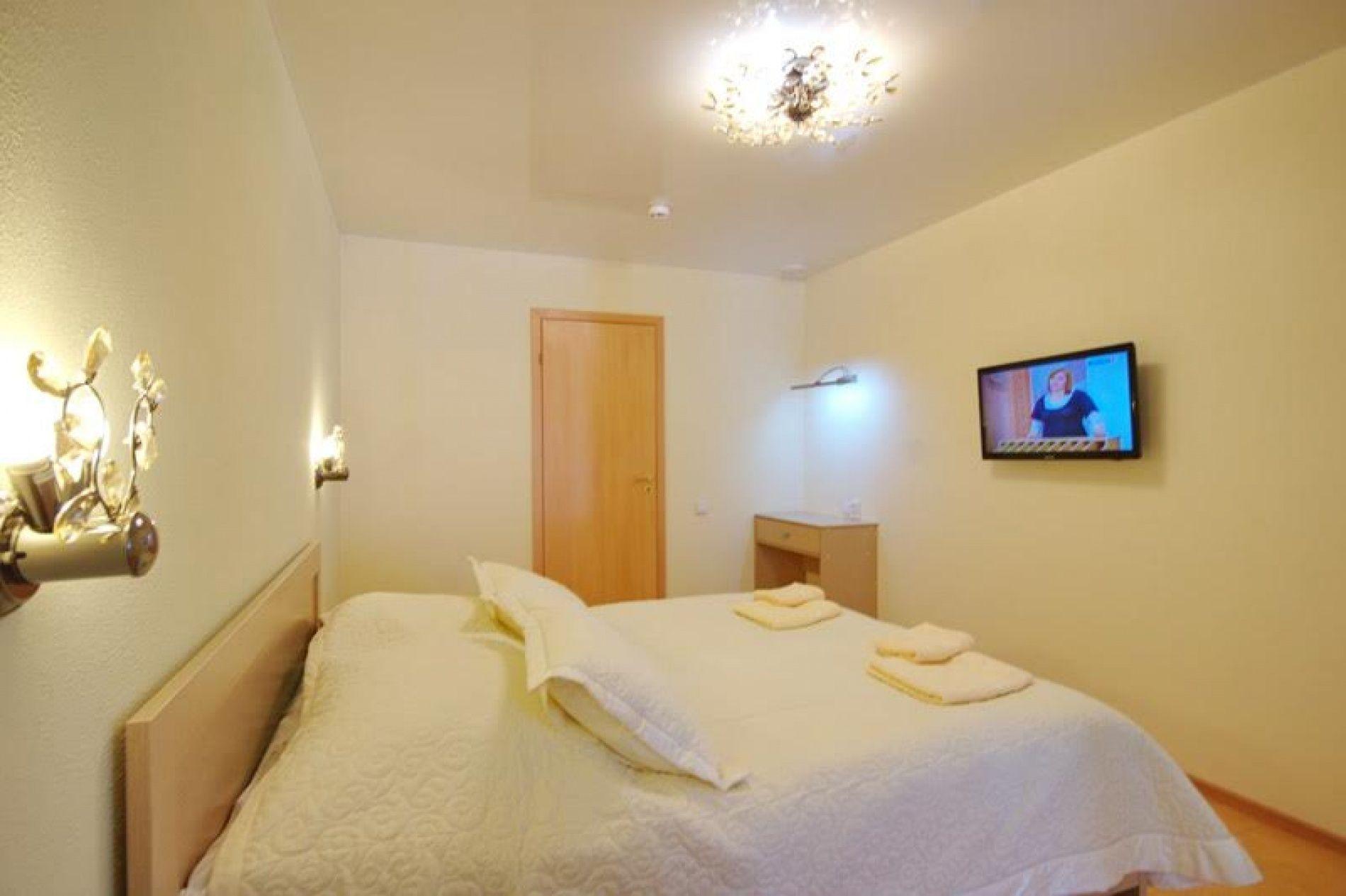 База отдыха «Уютная» Ульяновская область 4-х местный VIP номер, фото 1