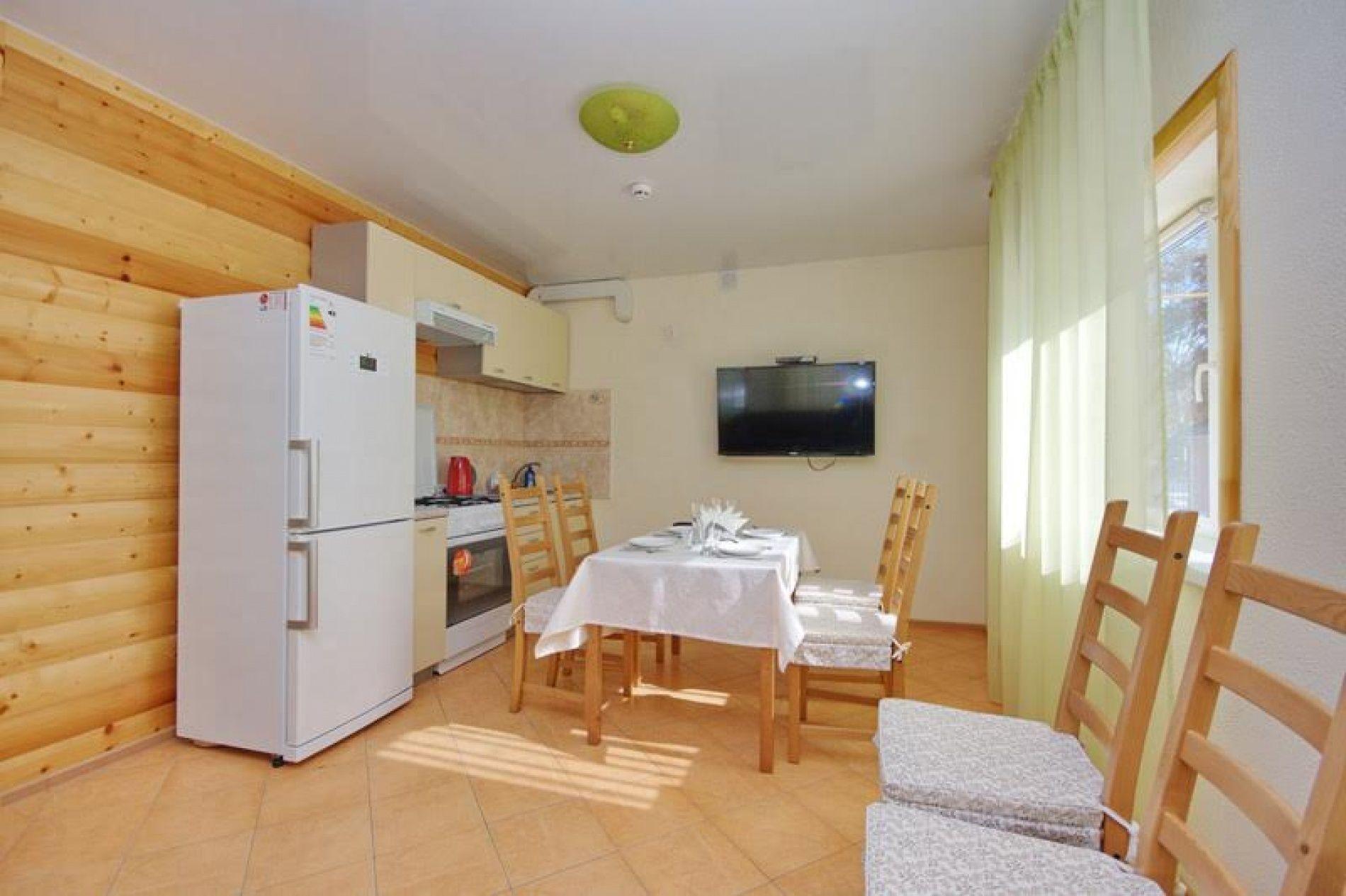 База отдыха «Уютная» Ульяновская область 4-х местный VIP номер, фото 4