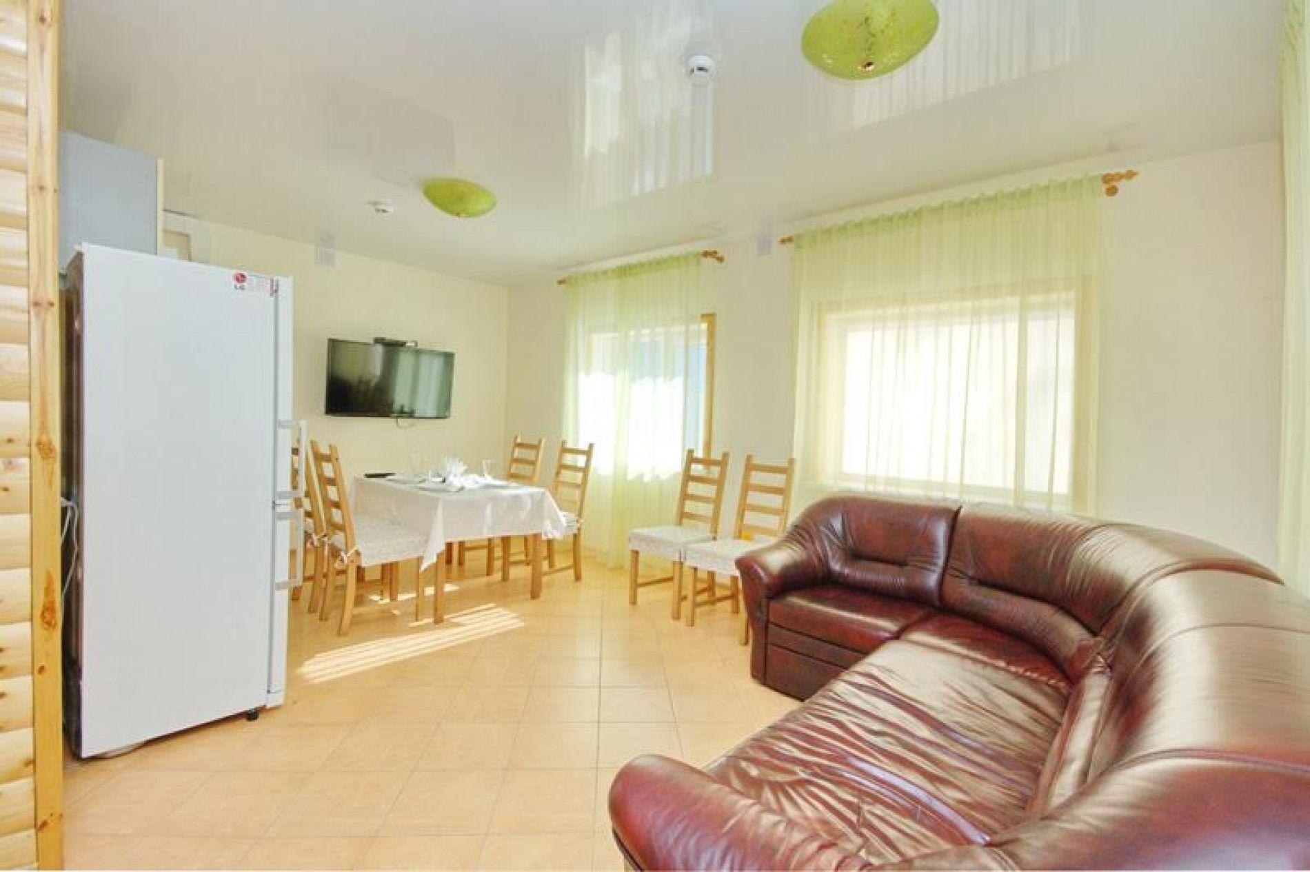 База отдыха «Уютная» Ульяновская область 4-х местный VIP номер, фото 5