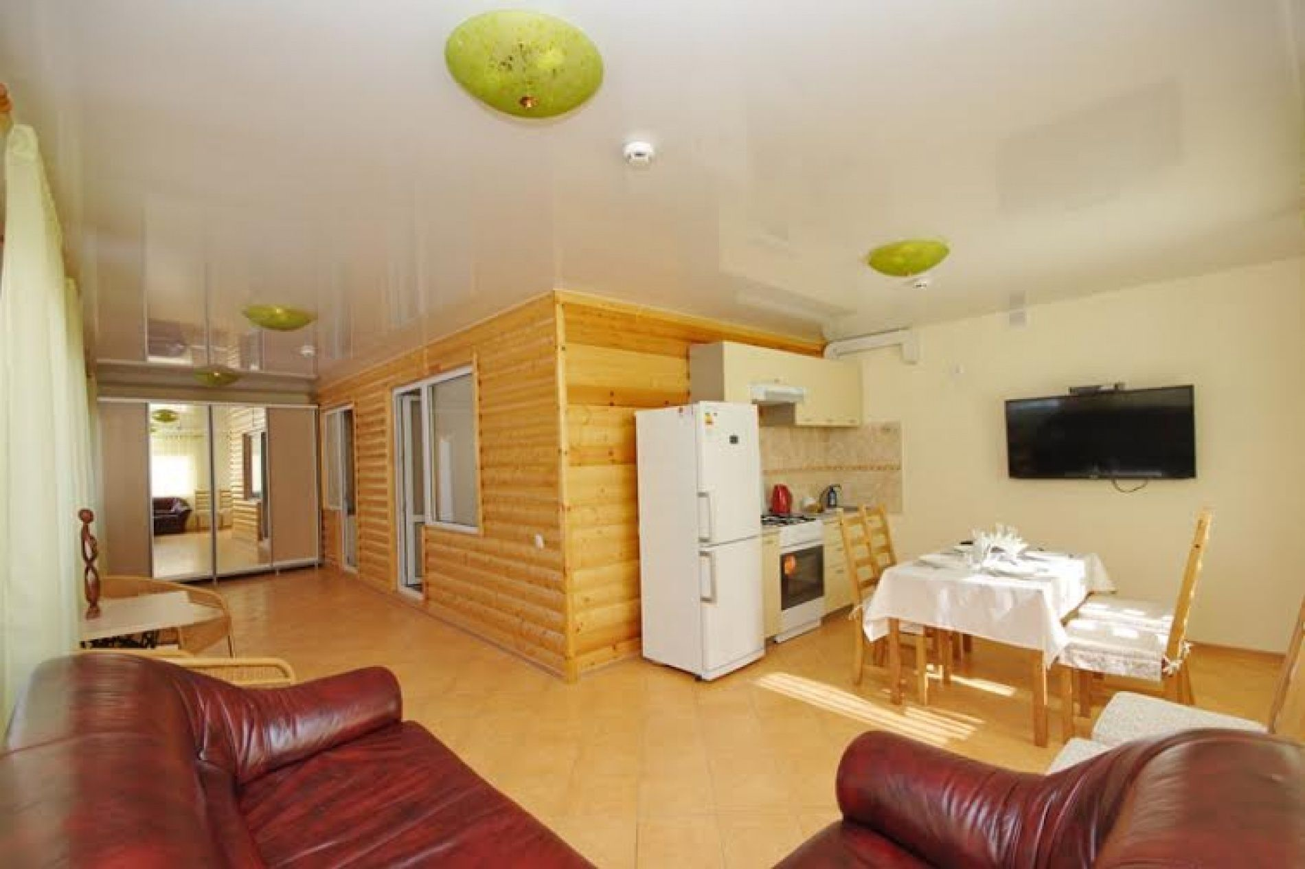База отдыха «Уютная» Ульяновская область 4-х местный VIP номер, фото 6
