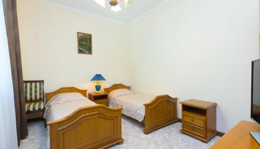 База отдыха «Адлер» Краснодарский край Коттеджи: Однокомнатный номер, фото 1