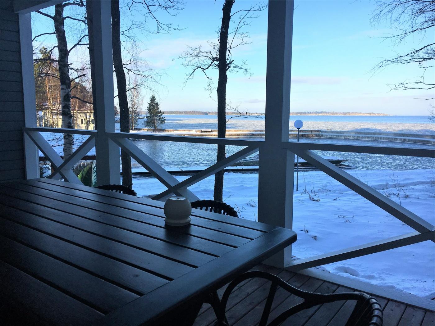 База отдыха «Ладога озеро» Ленинградская область Дом у Причала, фото 8