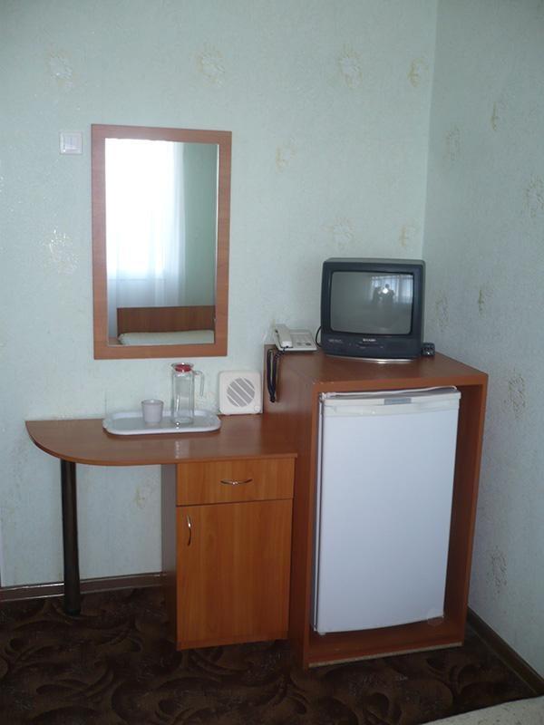 Санаторий «Кубань» Краснодарский край 2-местный номер 1 категории 1-комнатный , фото 5