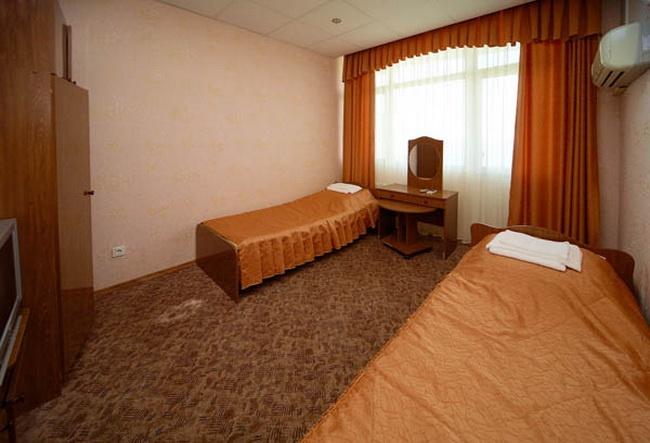 Санаторий «Кубань» Краснодарский край 2-местный номер 1 категории 1-комнатный , фото 1