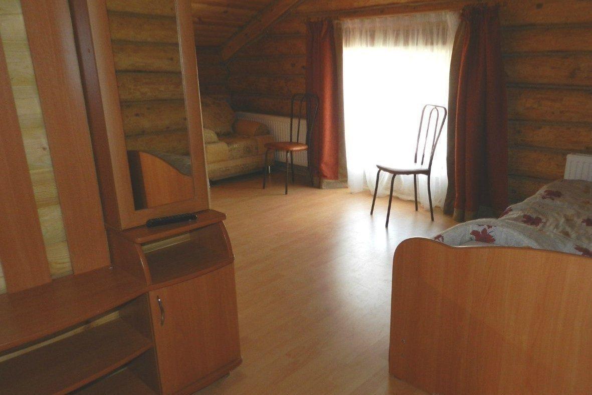 Эколого-туристический комплекс «Бреховский Луг» Пермский край Номер 6-местный в гостинице «Дом рыбака», фото 1