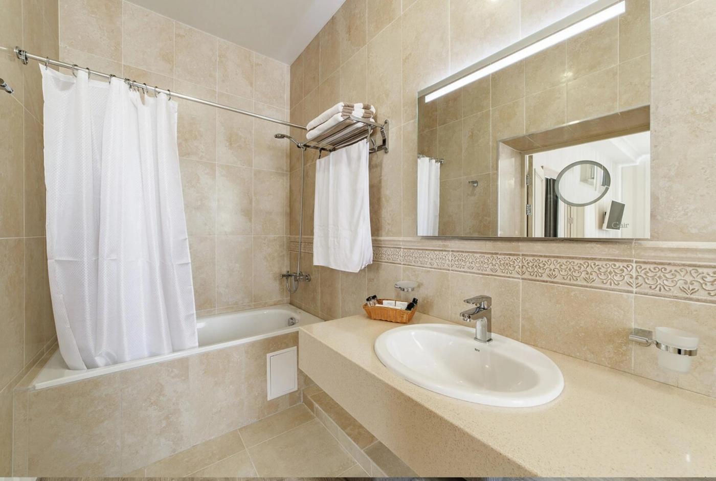 Отель «Alean Family Hotel Usadba 4*» Краснодарский край Семейный 2-комнатный, фото 3