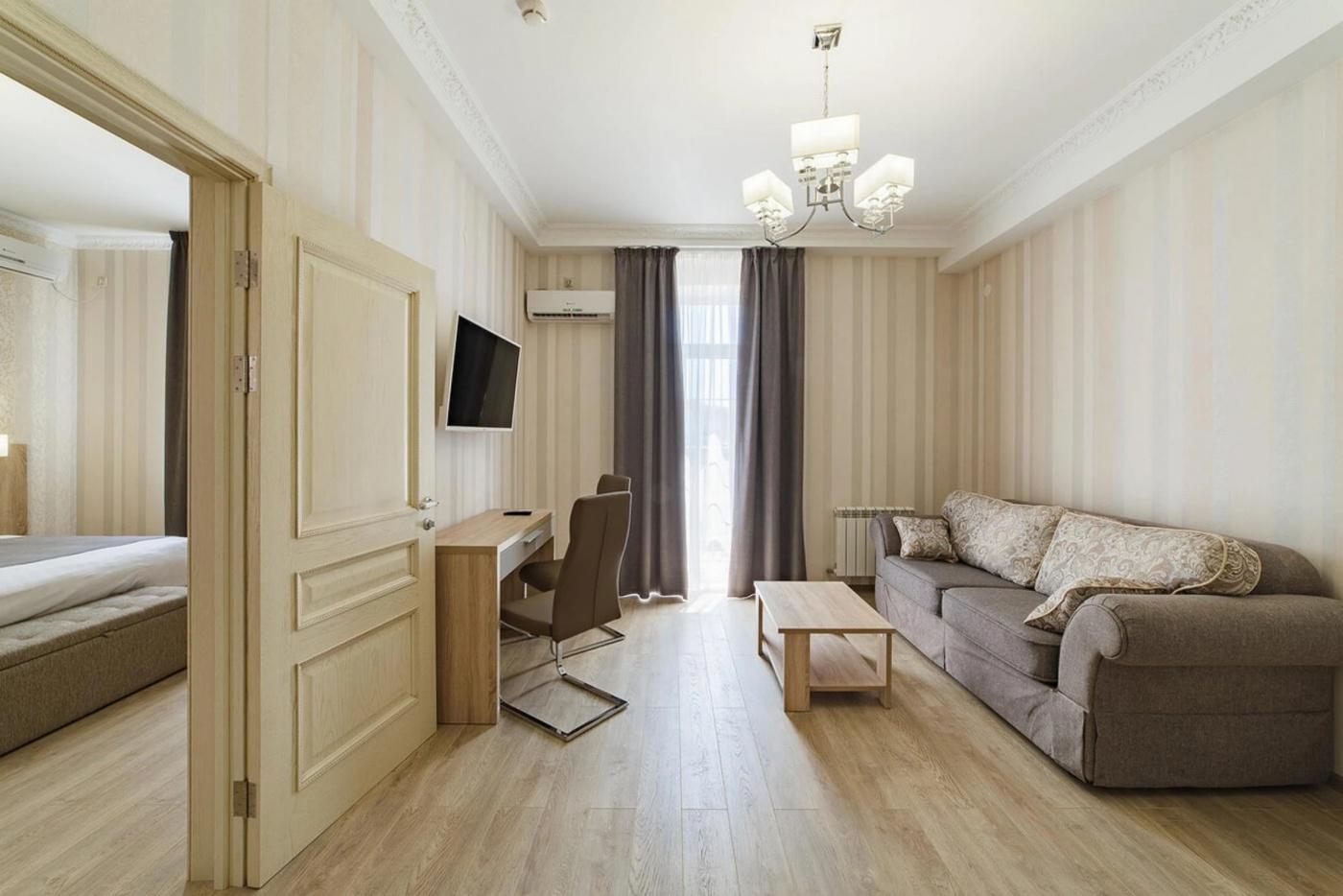 Отель «Alean Family Hotel Usadba 4*» Краснодарский край Люкс 2-комнатный , фото 4