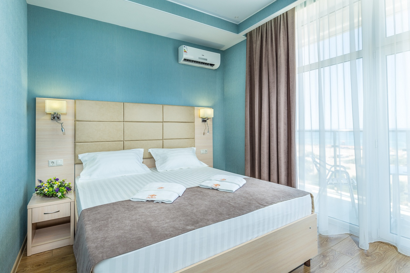 Отель «ДельМарИнн» Краснодарский край Люкс 2-комнатный , фото 1
