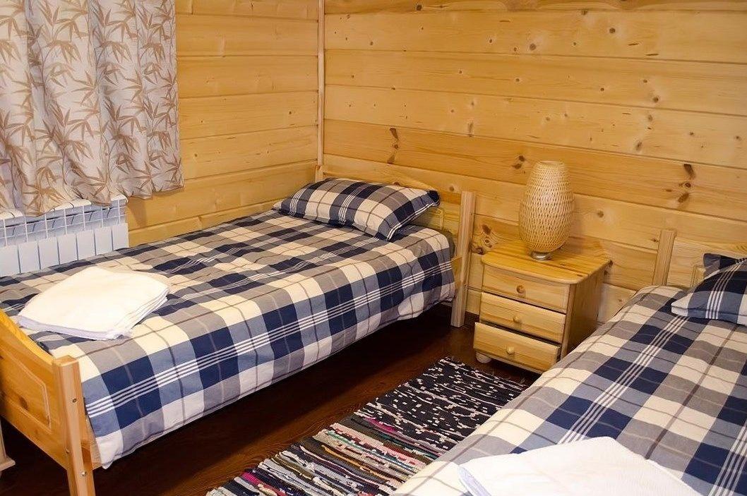 Загородный отель «Лесное озеро» Псковская область Lodge (Большой дом), фото 2