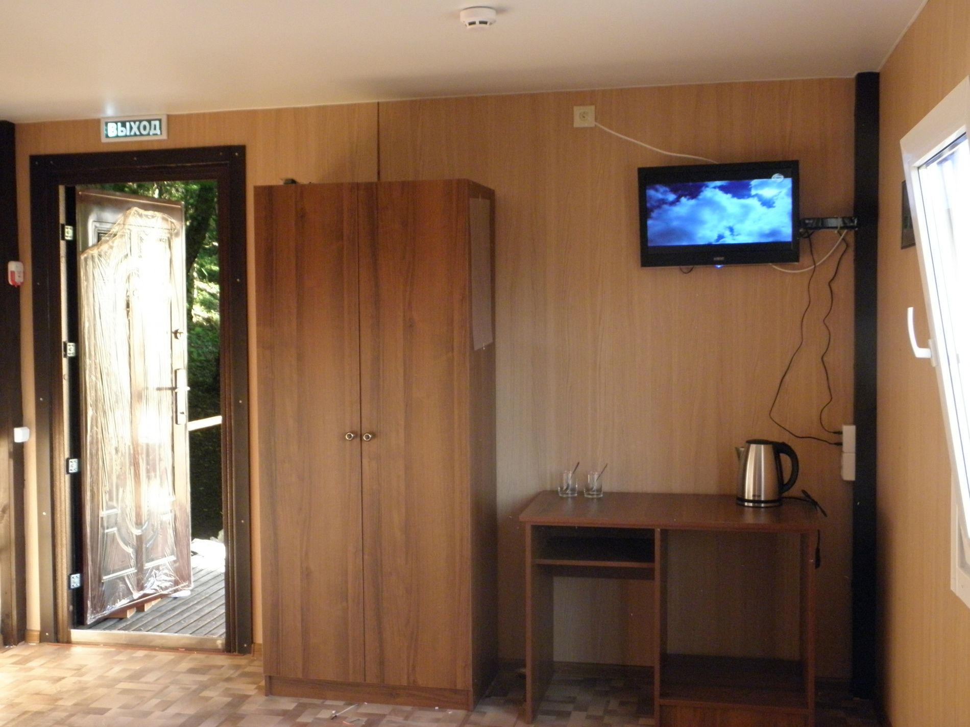 """База отдыха """"Затерянный рай"""" Краснодарский край Стандартный 2-местный с двуспальной кроватью, фото 1"""