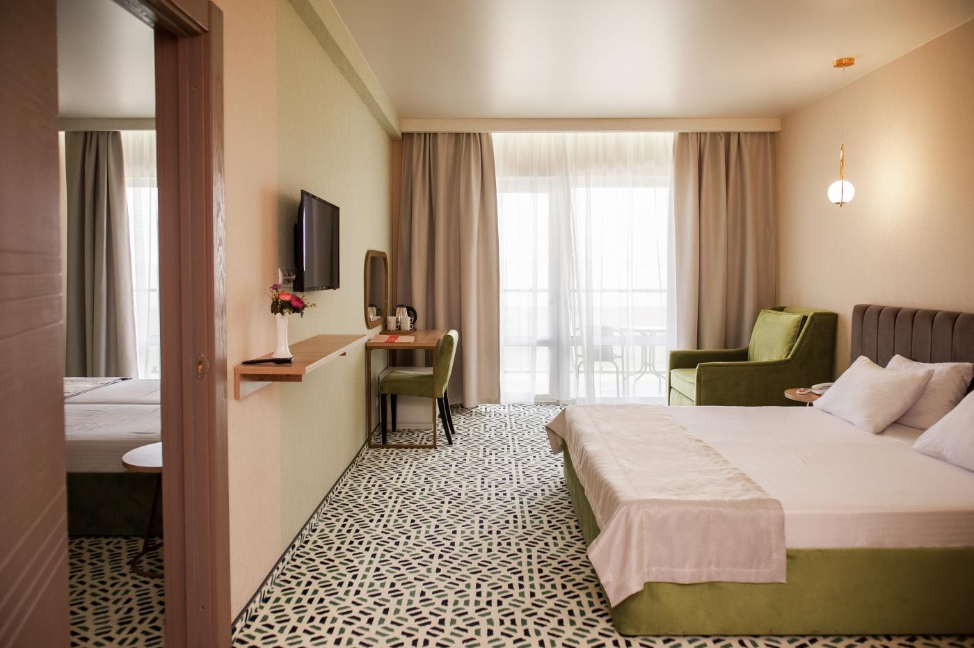 Отель «Aurum Family Resort & Spa» Краснодарский край Family room 4-местный 2-комнатный, фото 2
