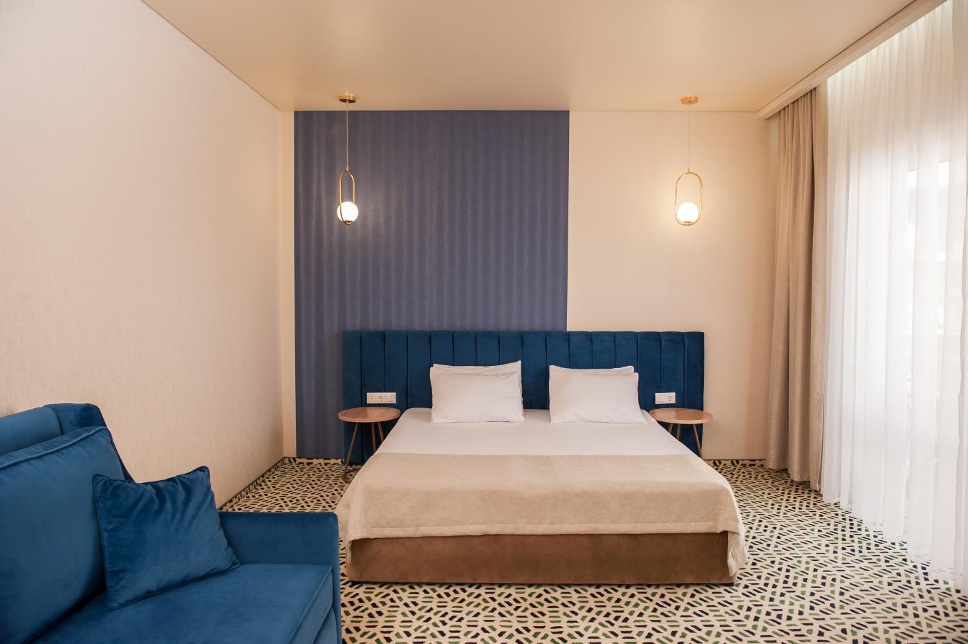 Отель «Aurum Family Resort & Spa» Краснодарский край Standard 2-местный с доп. местом (в коттедже), фото 1