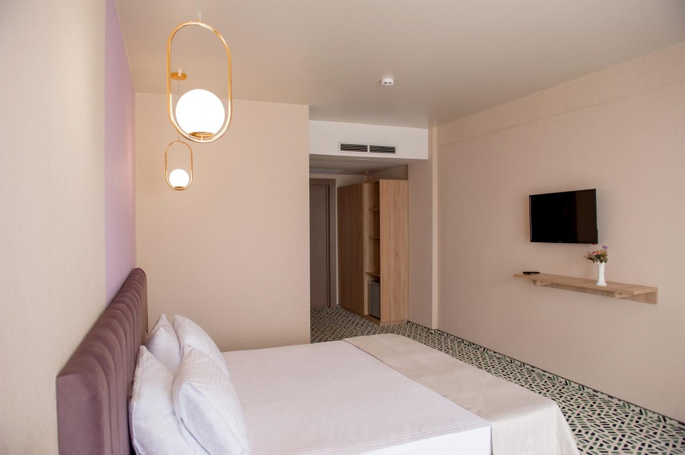 Отель «Aurum Family Resort & Spa» Краснодарский край Standard SV 2-местный (в корпусе), фото 6