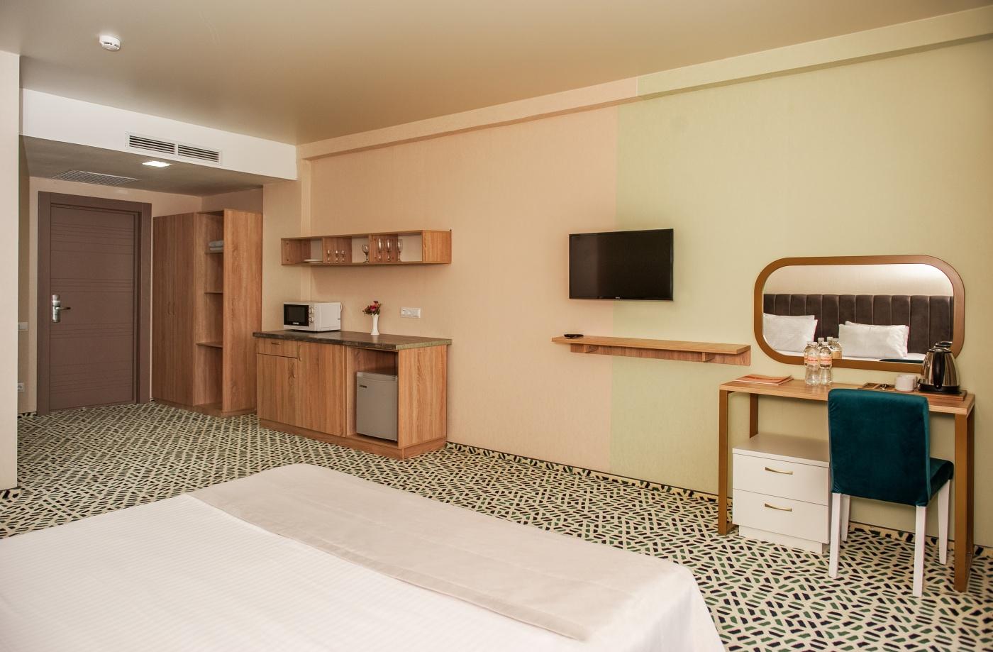 Отель «Aurum Family Resort & Spa» Краснодарский край Junior suite 2-местный , фото 8