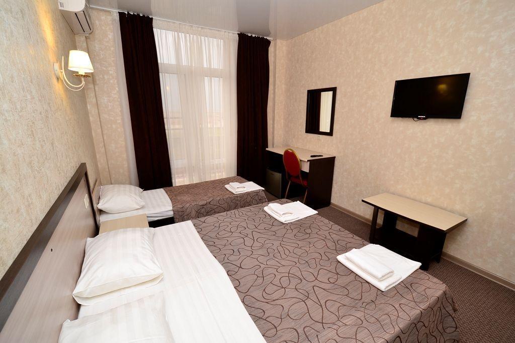 Семейный отель «Акварель» Краснодарский край Стандарт 3-местный, фото 2