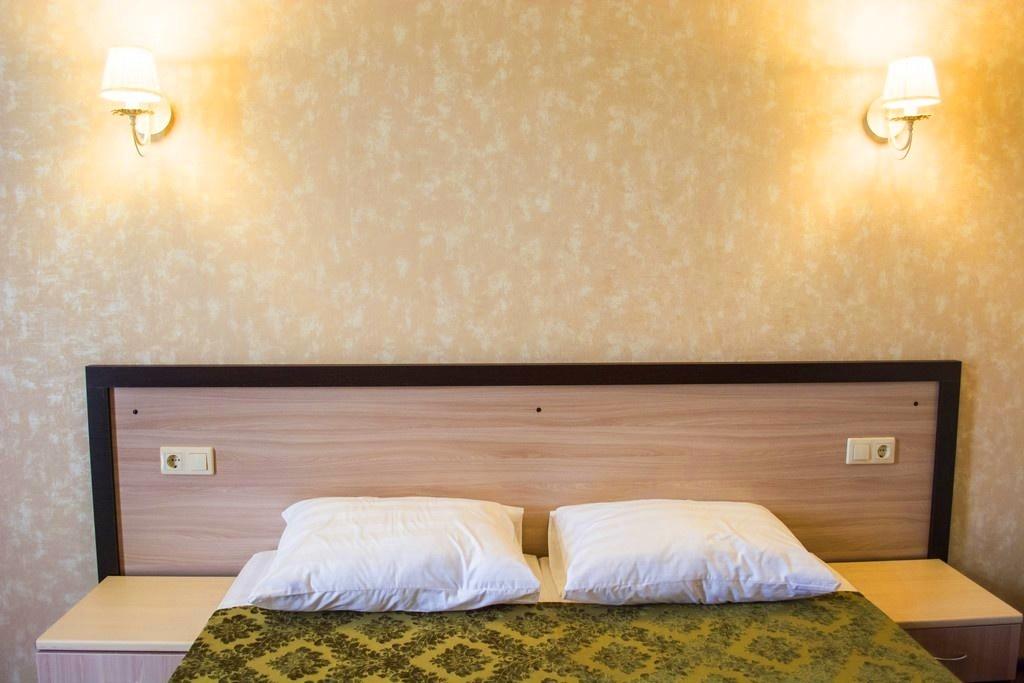 Семейный отель «Акварель» Краснодарский край Эконом 2-х местный (цоколь), фото 3