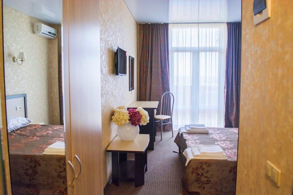 Семейный отель «Акварель» Краснодарский край Семейный 2-комнатный, фото 5