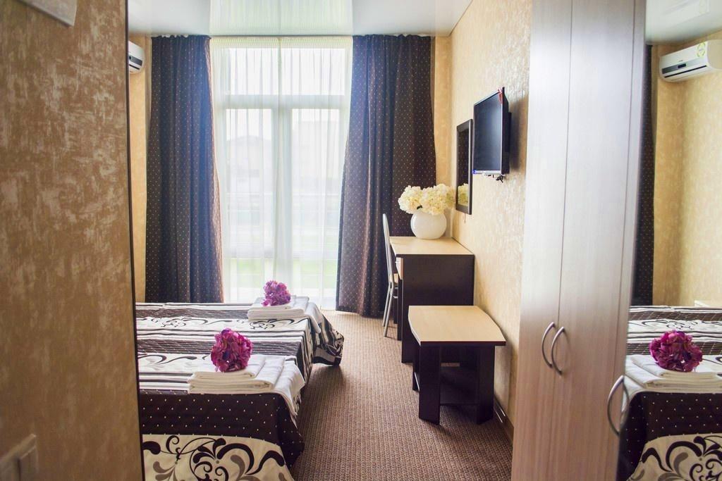 Семейный отель «Акварель» Краснодарский край Семейный 2-комнатный, фото 7
