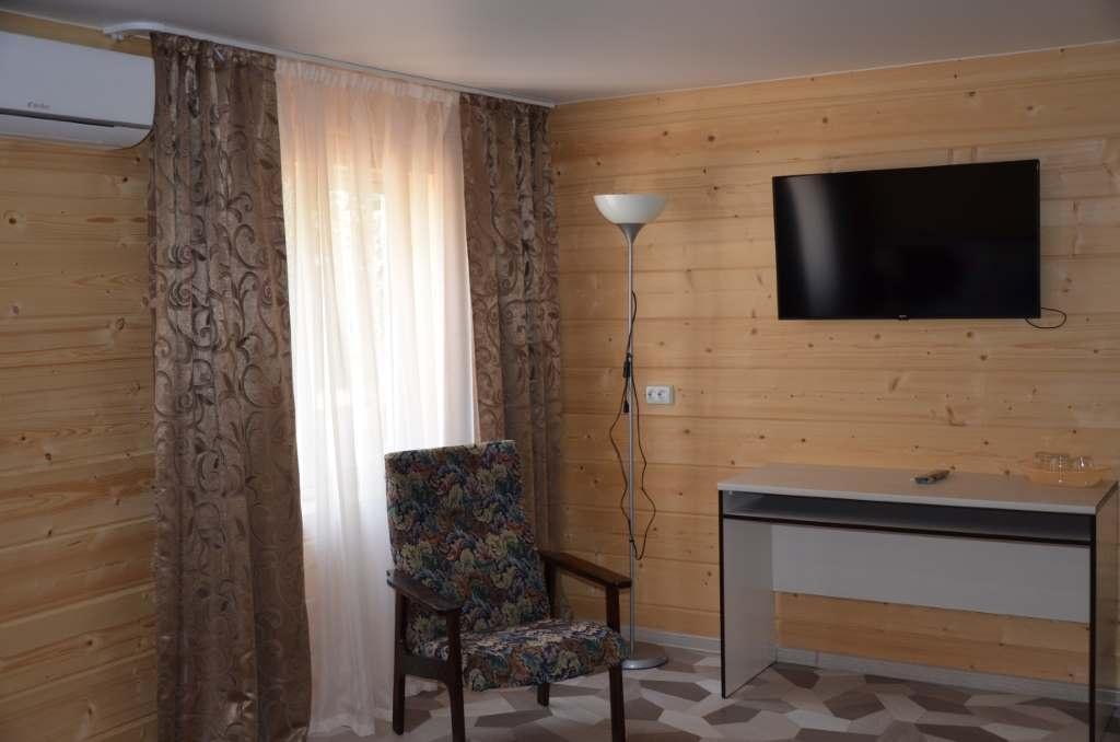 Экопарк отель «Sunrise» Краснодарский край Улучшенный 3-местный, фото 2
