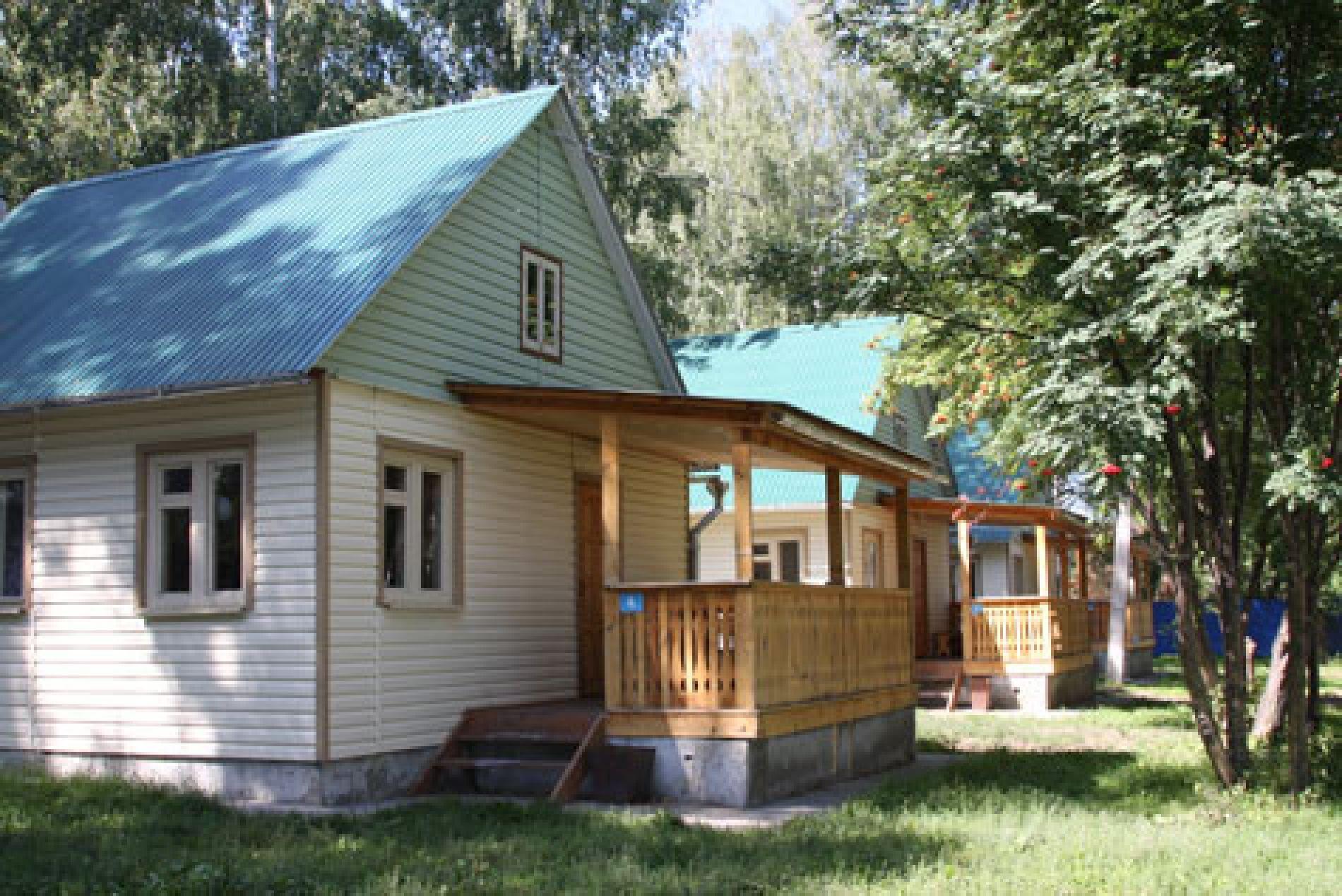 """База отдыха """"Гринта"""" (быв. Квинта) Челябинская область Одноэтажный 2-х комнатный коттедж № 4, 5, 6 , фото 1"""