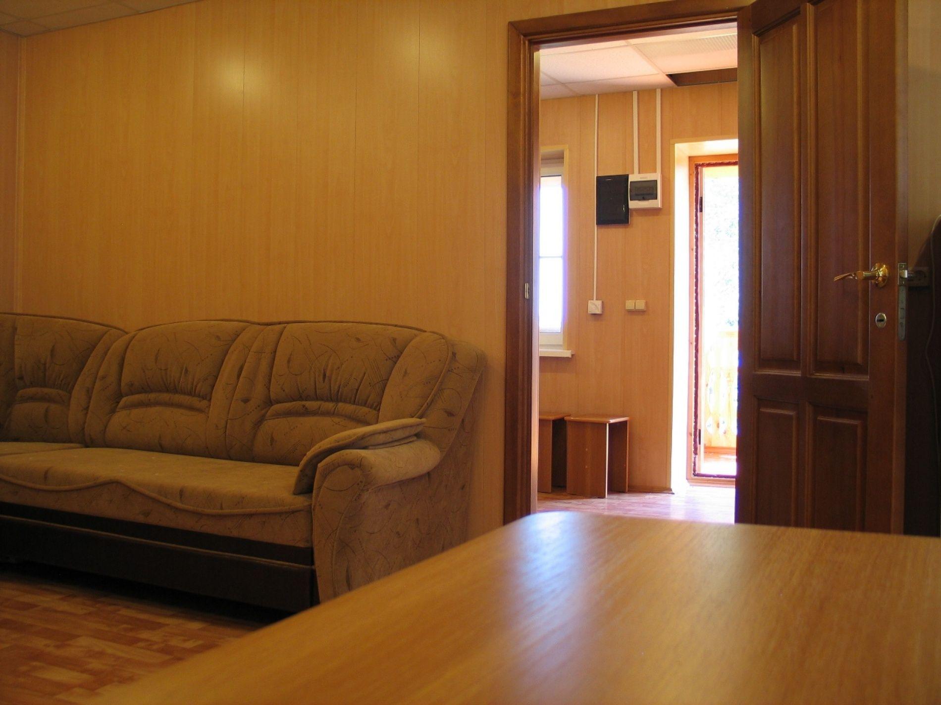 """База отдыха """"Гринта"""" (быв. Квинта) Челябинская область Двухэтажный 2-х комнатный коттедж № 12 (с залом у озера) , фото 5"""