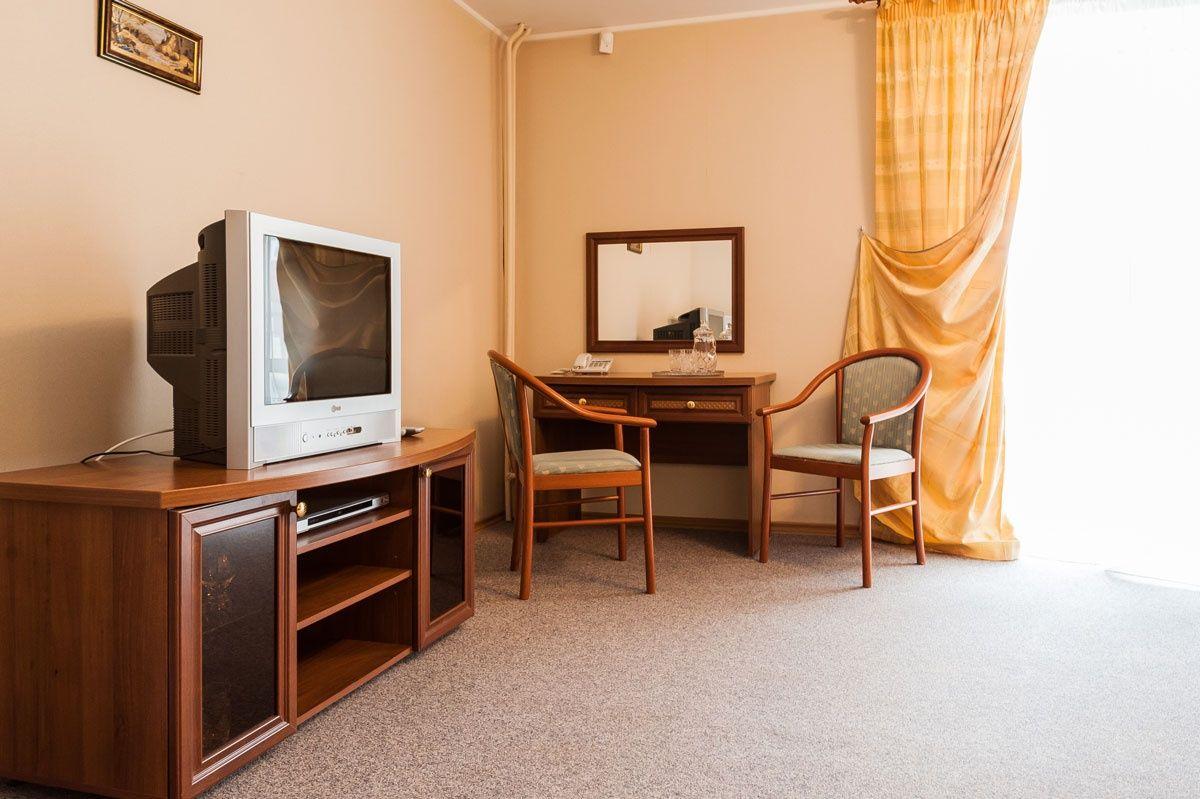 """База отдыха """"Баден-Баден Лесная сказка"""" Челябинская область Номер """"Люкс"""" 1-комнатный, фото 1"""