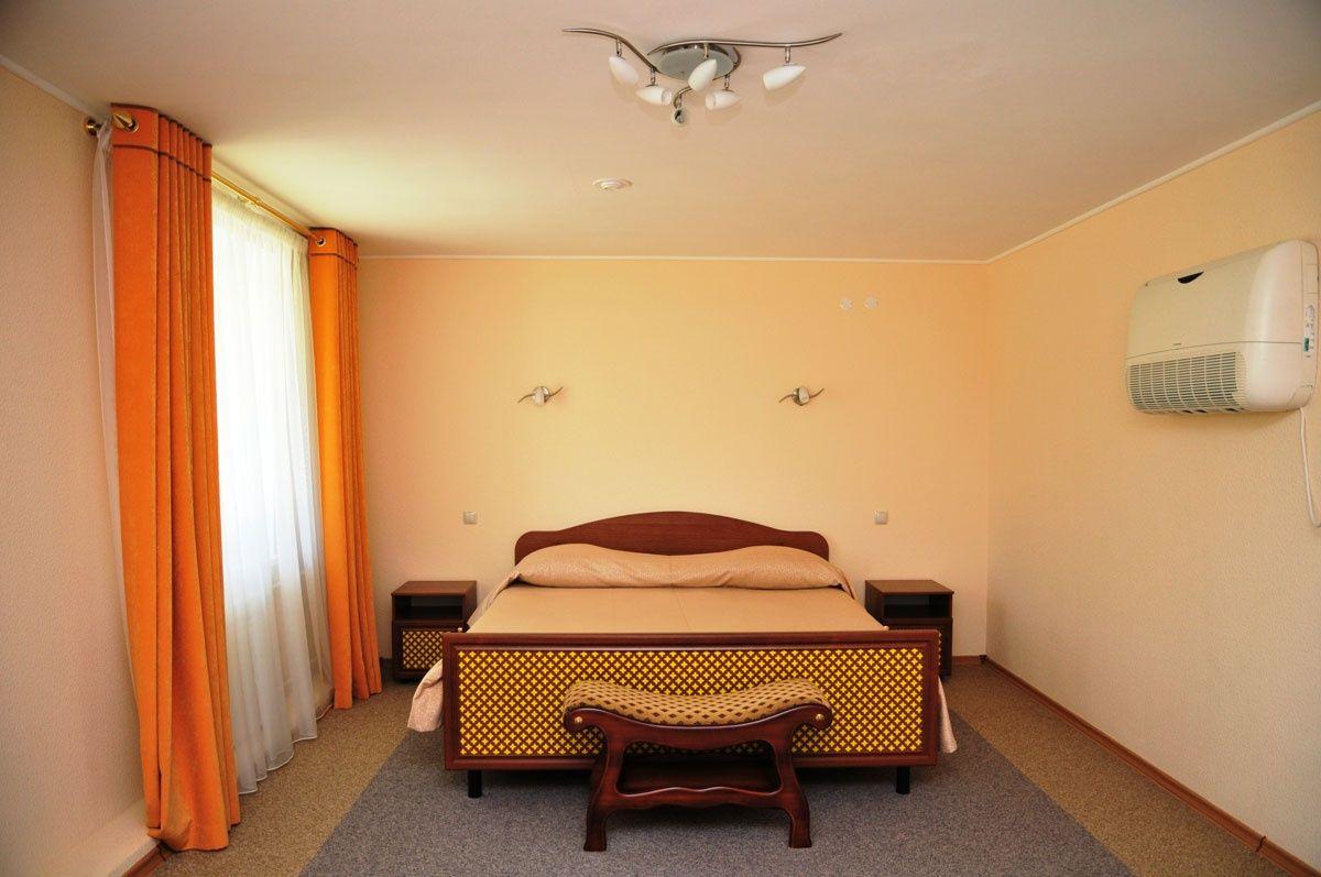 """База отдыха """"Баден-Баден Лесная сказка"""" Челябинская область Номер """"Люкс"""" 2-комнатный, фото 1"""