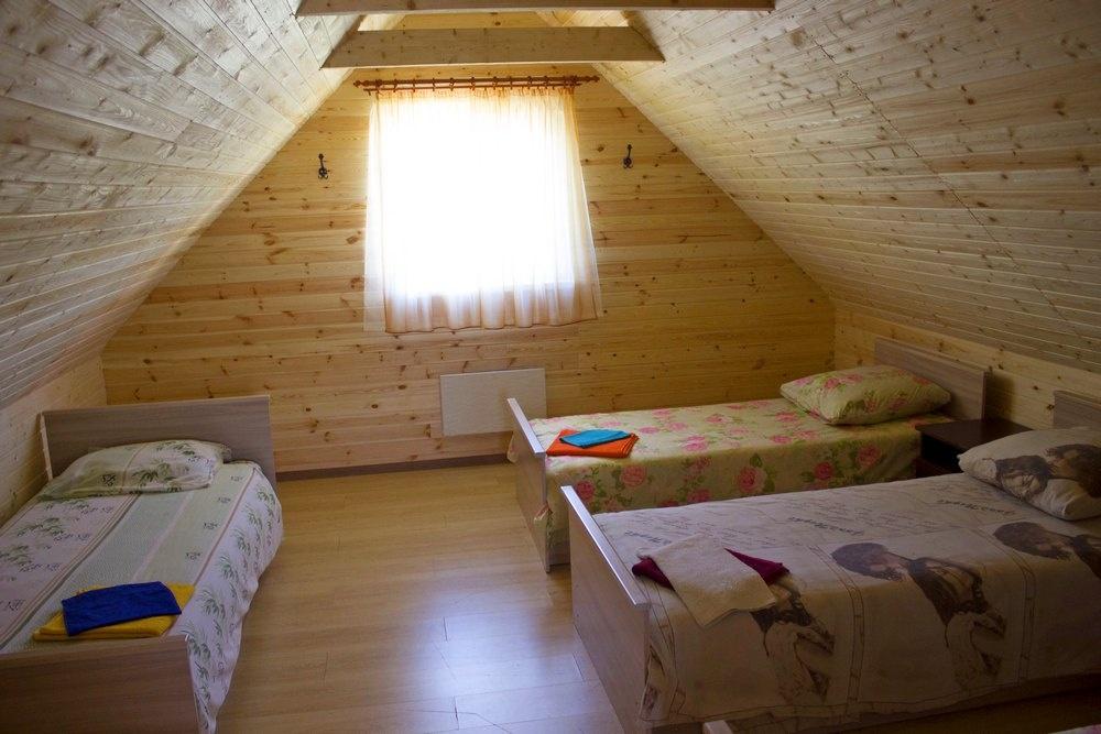 База отдыха «Чистые Пруды» Псковская область Домик «Lux», фото 1