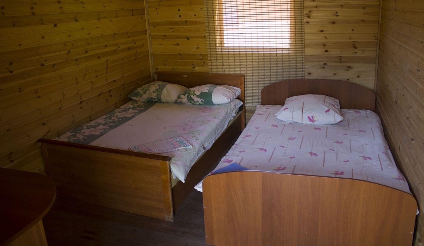 База отдыха «Чистые Пруды» Псковская область Домик «Стандарт», фото 3