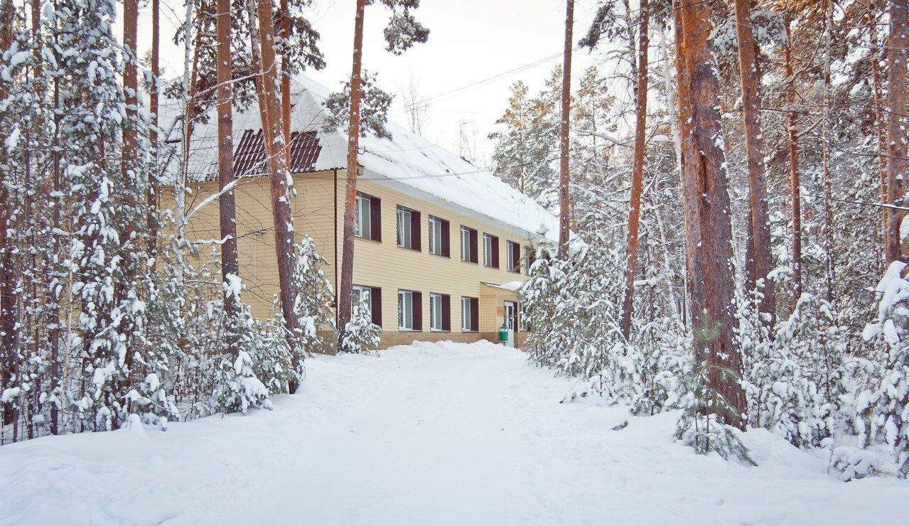 Клуб загороного отдыха «Лесное поместье» Челябинская область, фото 1