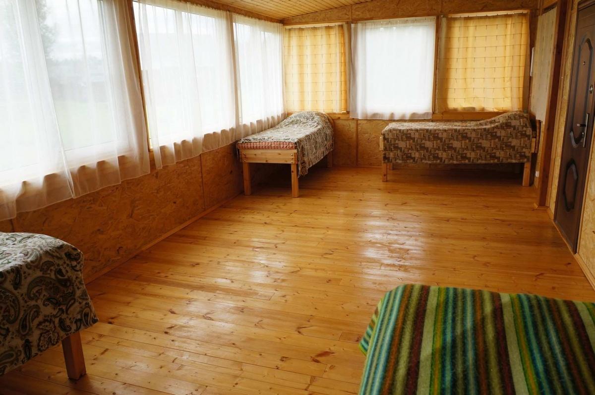 База отдыха «Территория Медвежий Угол» Тверская область Комната в утепленном блоке, фото 1