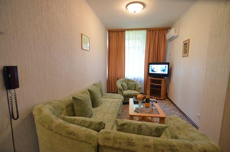 """Загородный отель """"Акварели"""" **** Московская область Номер 3-комнатный, фото 5"""