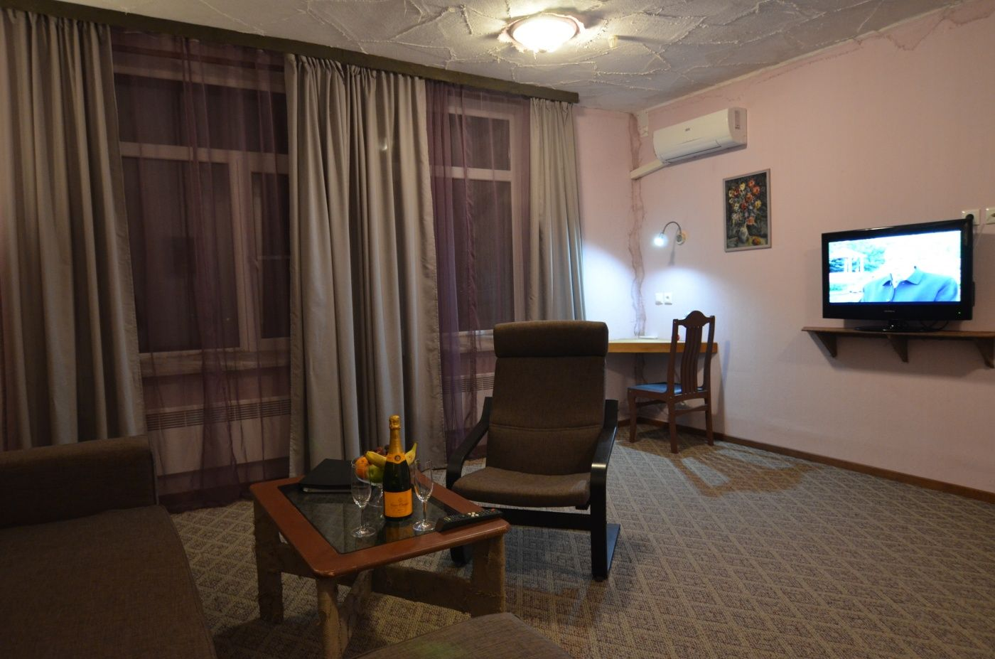 """Загородный отель """"Акварели"""" **** Московская область Делюкс 2-комнатный , фото 8"""