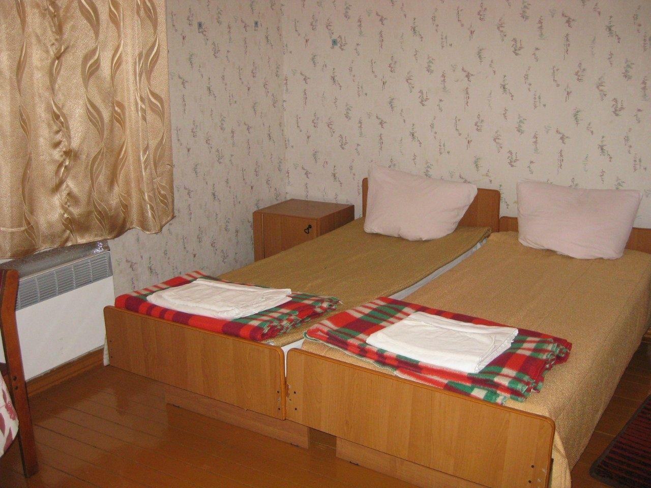 """Турбаза """"Дюны"""" Калининградская область 2-х местный номер в домике с частичными удобствами, фото 3"""