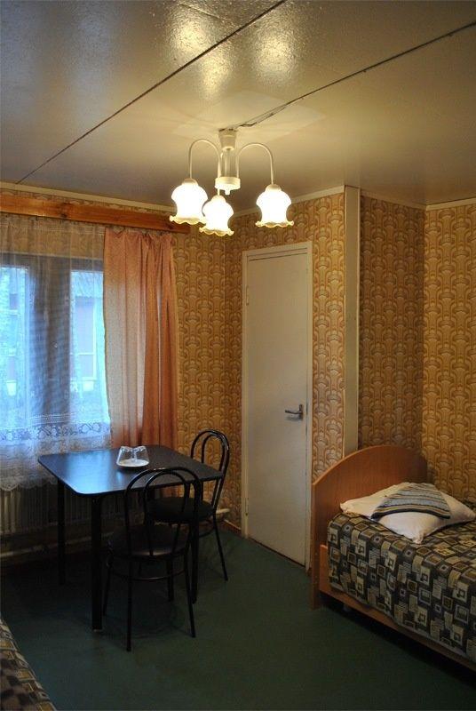 База отдыха «Манола» Ленинградская область 2-местный номер в коттедже, фото 1