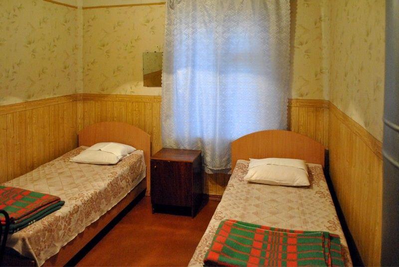 База отдыха «Манола» Ленинградская область 2-местный номер в рыбацком доме, фото 1