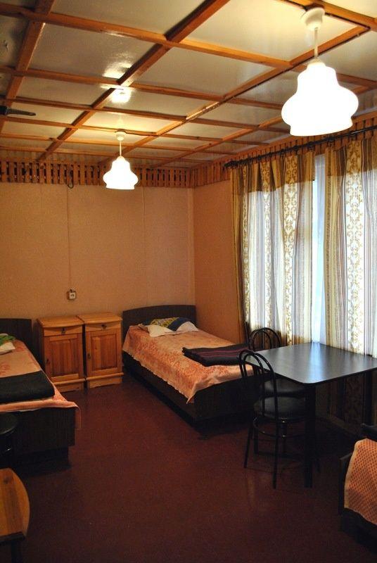 База отдыха «Манола» Ленинградская область 3-местный номер в дачном доме без удобств, фото 1