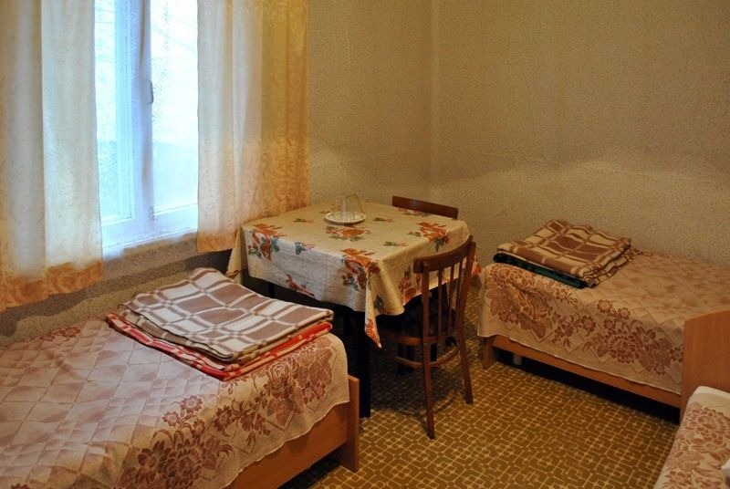База отдыха «Манола» Ленинградская область 4-местный номер в рыбацком доме, фото 1